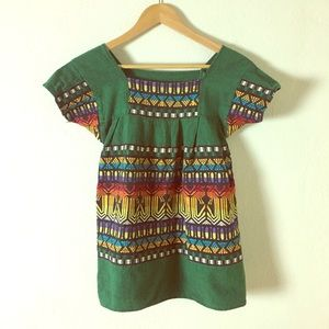Tops - Vintage Green Multi-Colored Embroidered Top